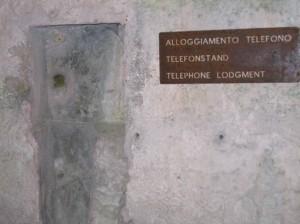 alloggiamento telefono 1