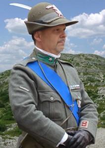 Il Comandante dell'usr Btg Alpino Sette Comuni T.C. igs